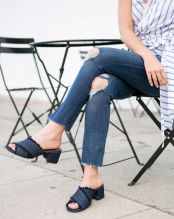 Sydne-Style-shows-how-to-wear-the-mules-trend-for-summer-shoes