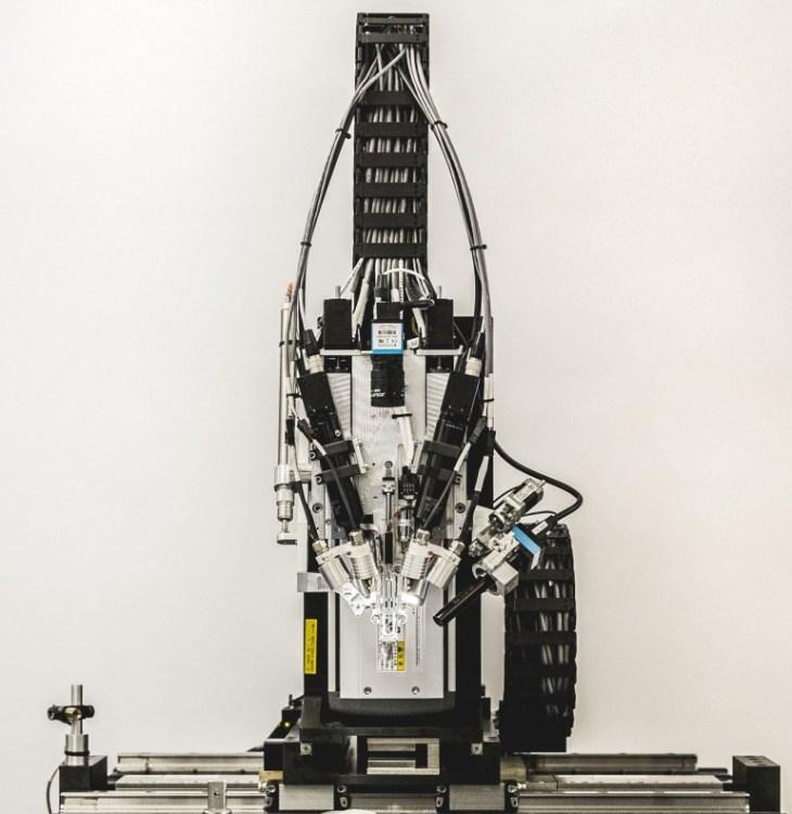 Робот-нейрохирург от Neuralink