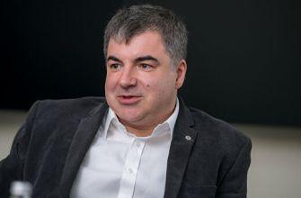 Константин Новоселов