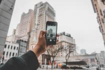 modern-buildings-on-smartphone