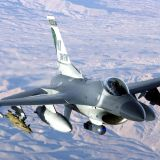 1機1.21億ドル(121億円)F16のお値段  80億ドルで66機