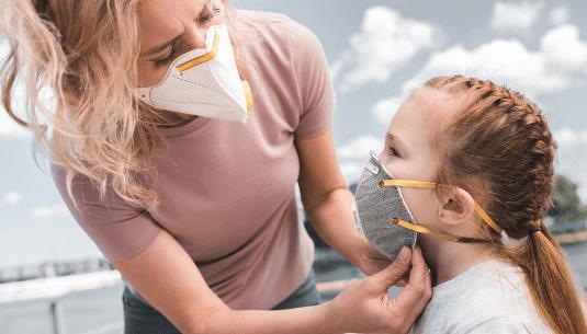 Куди зникає коронавірус в Україні і чого чекати влітку 2021?
