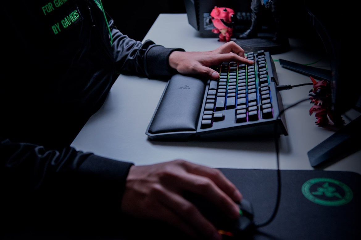 RZR BWTECV2 02 - Recensione Razer Blackwidow Chroma Tournament Edition V2