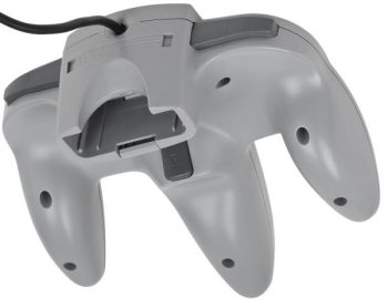 nintendo 64 joypad retro e1530178188640 - Back 2 The Past: oggi parliamo del Nintendo 64