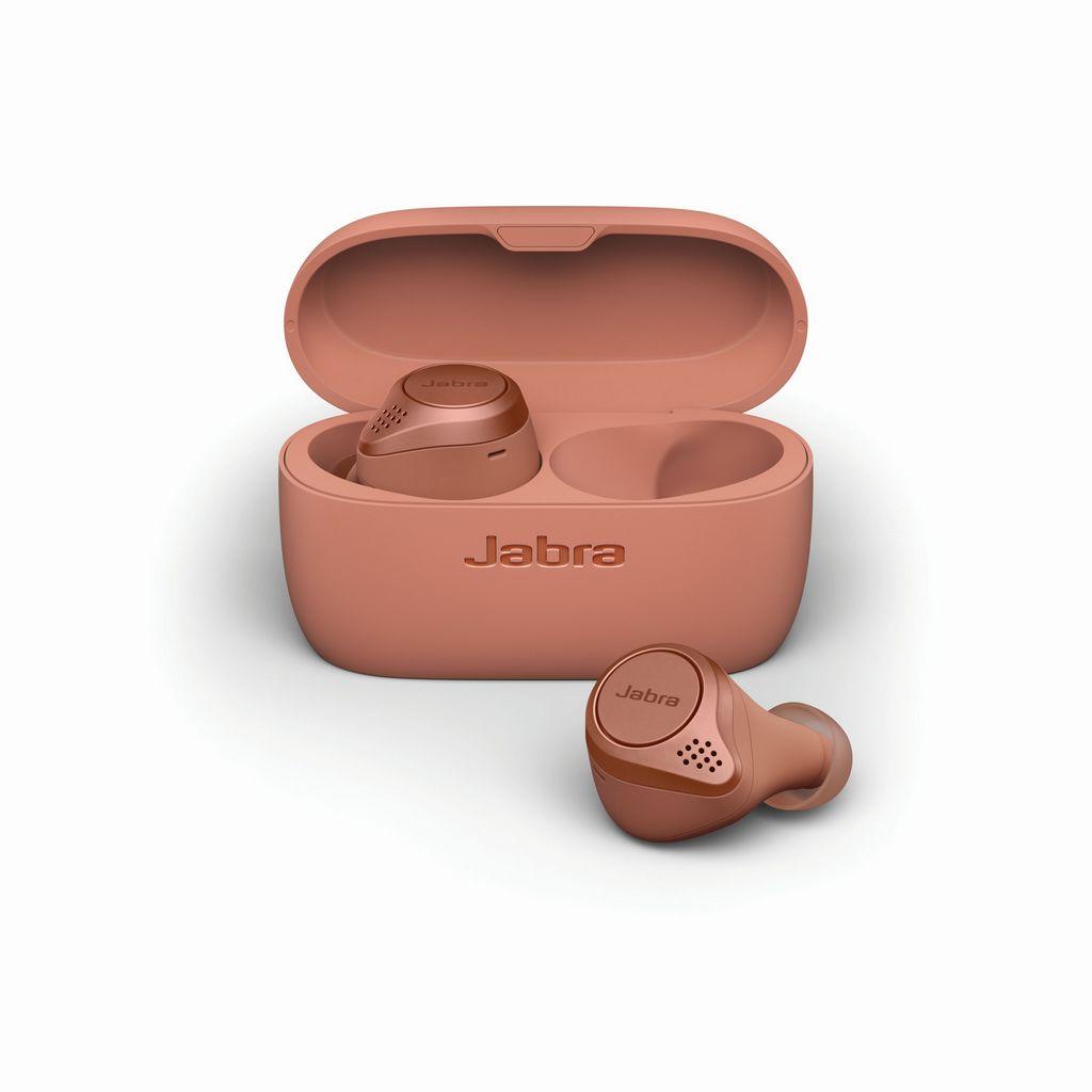 Jabra Elite Active 75t Sienna cradle   earbud front LB - Jabra presenta i nuovi auricolari total wireless Jabra Elite Active 75t