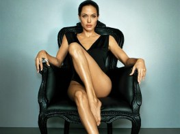 angelina-jolie-hot-in-black-hd