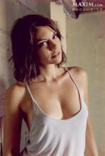 Lauren_Cohan_sexy_maxim_4