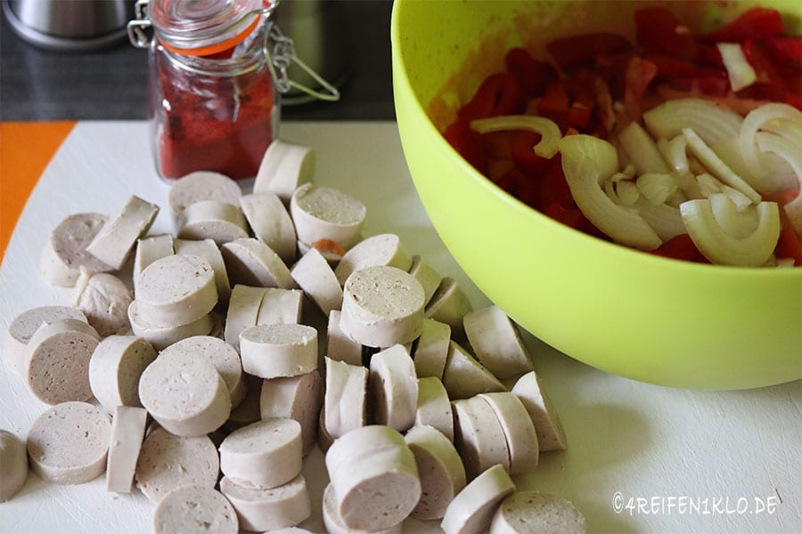 Grillwurstgulasch Omnia Backofen