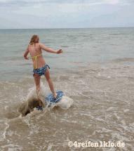 gironde-wassersurfing-kind sein