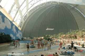 tropical island-freizeitpark-cargolifter-werfthalle