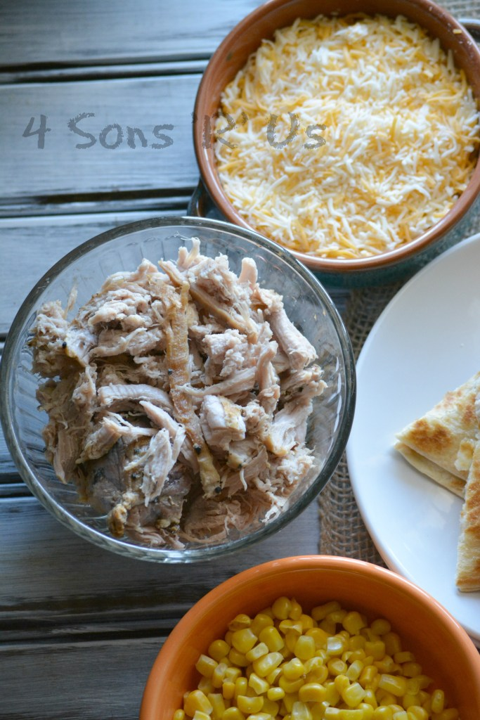sweet-smoky-pork-quesadilla-with-spicy-ranch-dressing-7