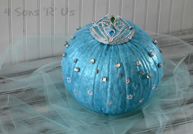 frozen-queen-elsa-pumpkin-2