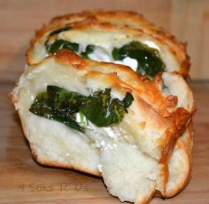 Spinach & Feta Stuffed Cheesy Bread 3