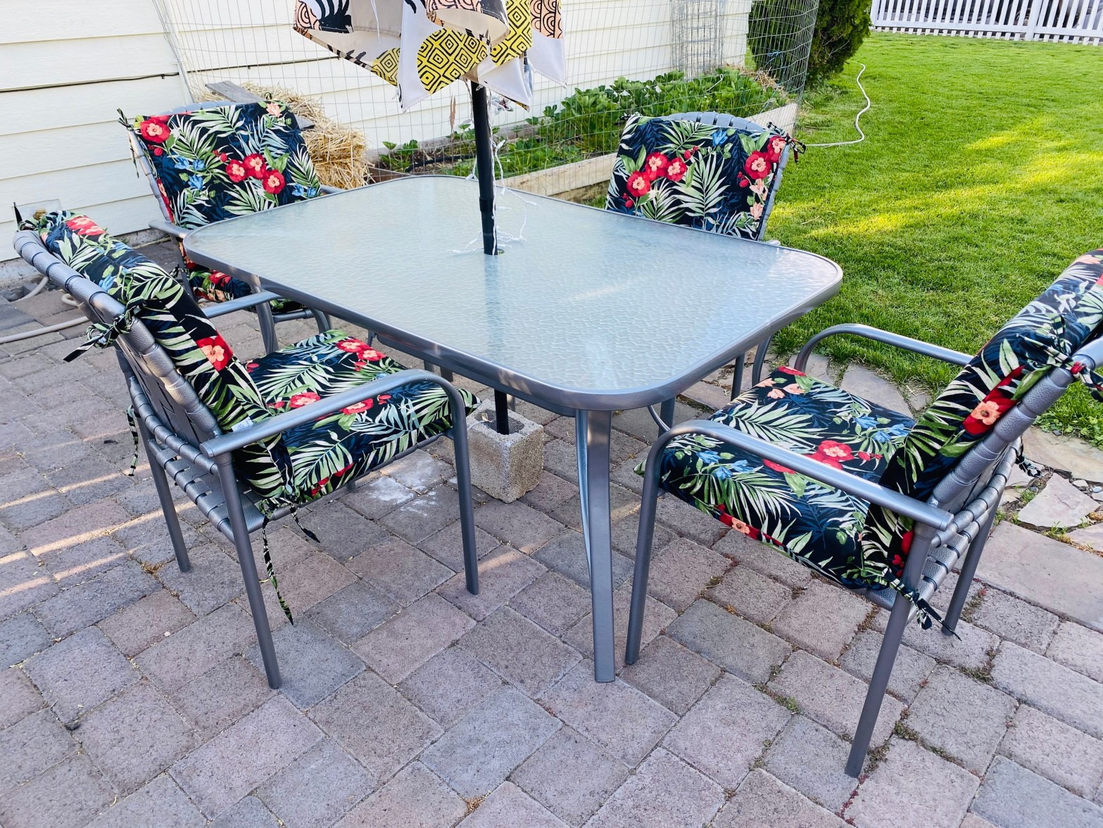 patio table and chairs update on the