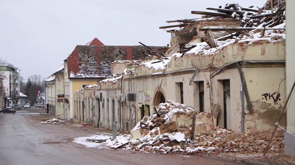 Snow and ice follow deadly Croatia earthquake