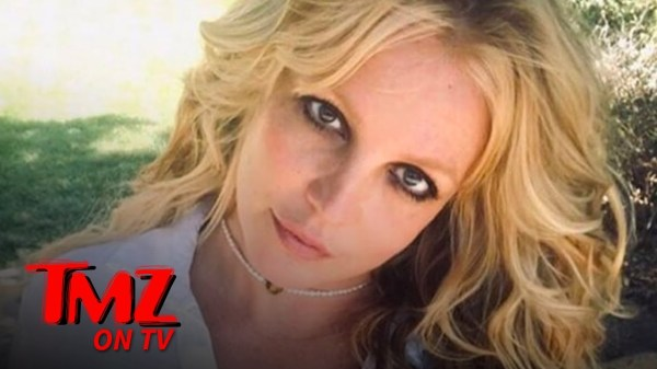 Britney Spears Retiring from Music According To Manager Larry Rudolph | TMZ TV