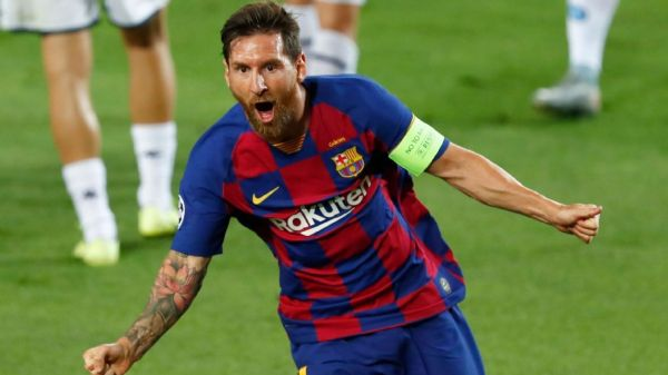 Lionel Messi agrees Barcelona contract, accepts significant wage cut