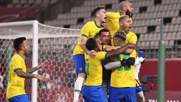 Brazil hold nerve to reach Olympic final after shootout win over Mexico