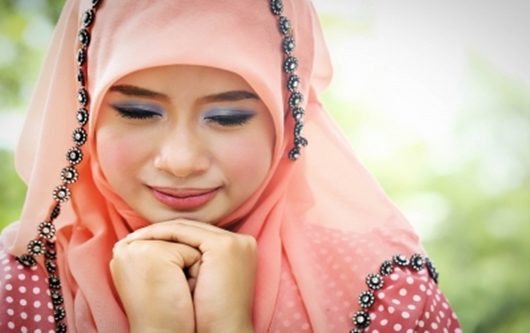 Muslim Girl crying