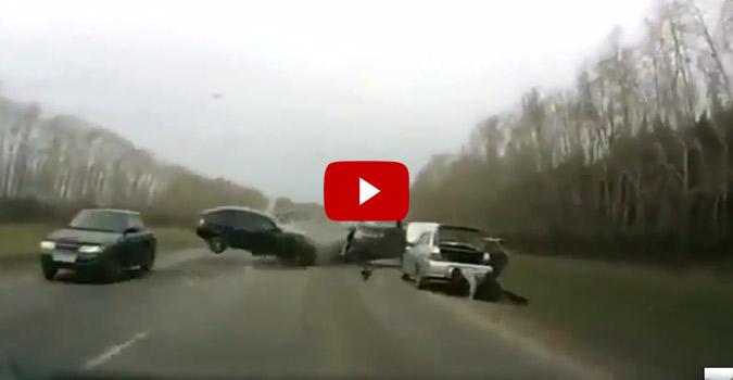 Insane Car Crash Caught On Tape 4wheel Online Blog