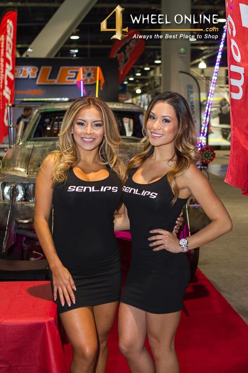 Girls Of Sema 2015 4wheel Online Blog Automotive News