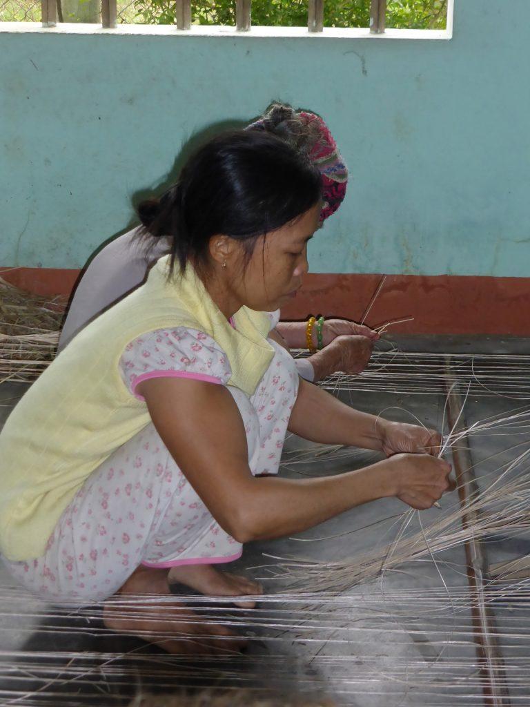 Mat weavers Kim Bong Island