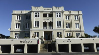 *Dunedin, New Zealand* www.apartmentsatstclair.co.nz