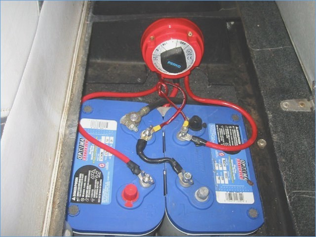 Dual Battery Setup with a switch Система за два акумулатора с ключ маса