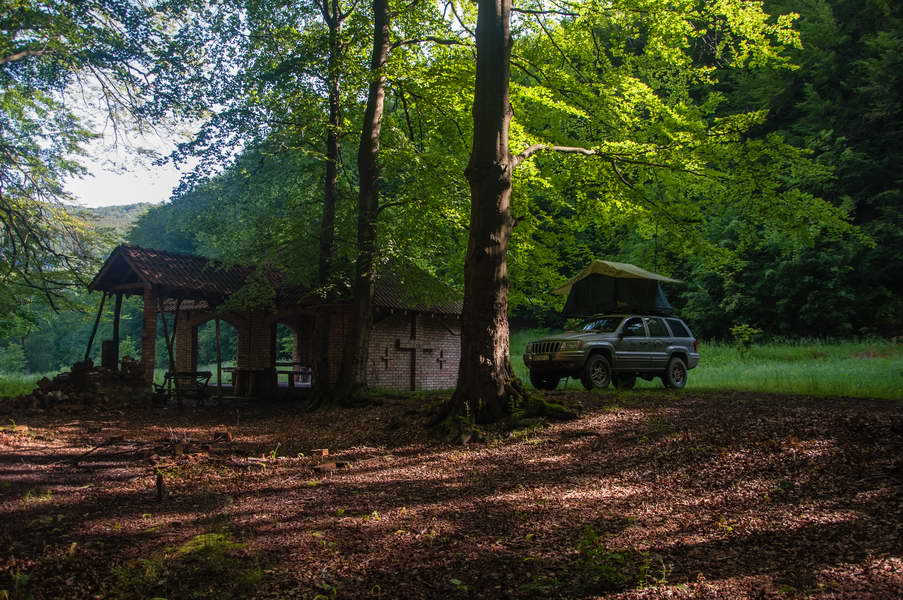 Top jeeper's camping spots of eastern Serbia