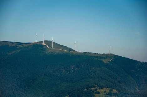 Cucurbata Mare ridge with the windmills