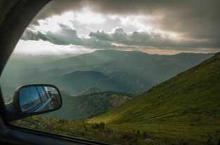 Magnificent views while descending Midžor