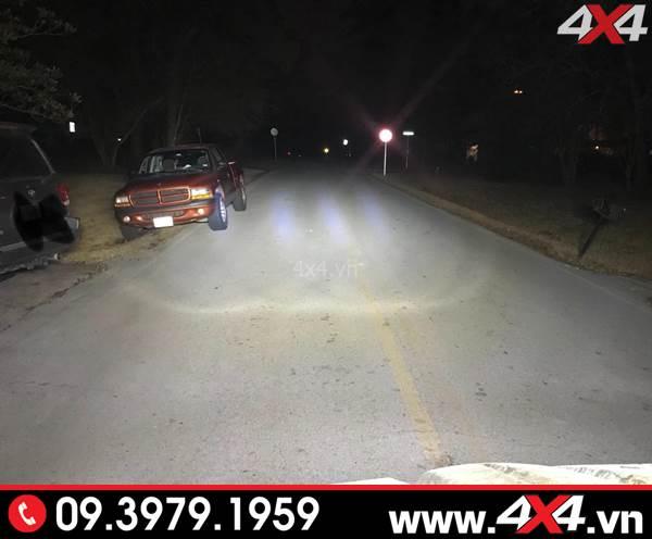 Độ đèn Ford Ranger: Đèn led bar 12D có thêm các quần sáng đẹp khác với đèn 8D