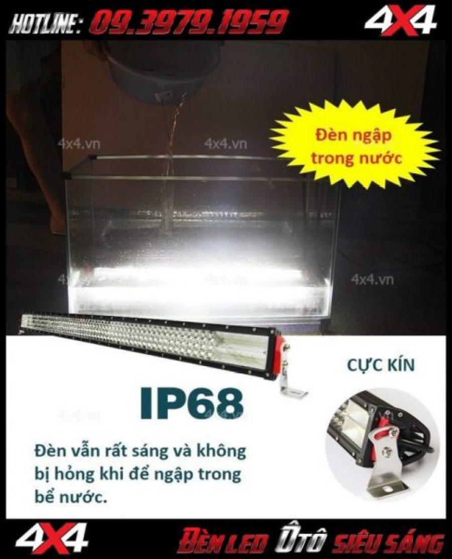 Đèn led bar 8D vẫn sáng rất tốt khi bị ngập hoàn toàn trong nước
