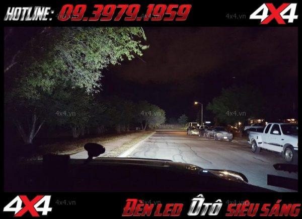 Tấm ảnh đèn led xe hơi: ở Sài Gòn đèn led bar được độ cực kì nhiều cho xe 4 bánh xe bán tải