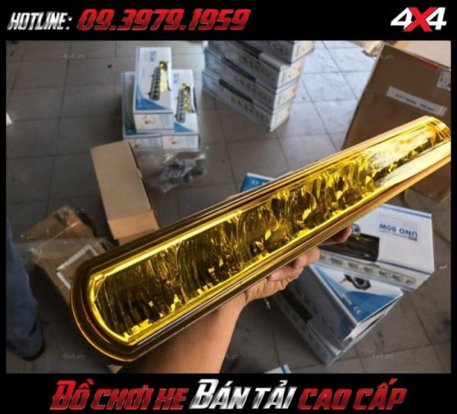 Tấm ảnh led bar <strong>độ đèn Ford Ranger</strong>Led bar <strong>độ đèn Ford Ranger</strong>: Đèn led bar là mẫu đèn trợ sáng cực kì tốt cho xe bán tải, ô tô vào bán đêm