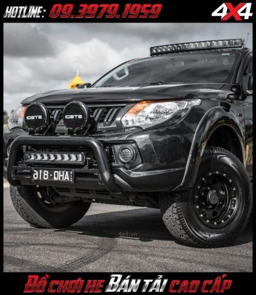 Hình ảnh chiếc xe bán tải độ cực ngầu với nhiều món đồ chơi và đèn led bar stedi