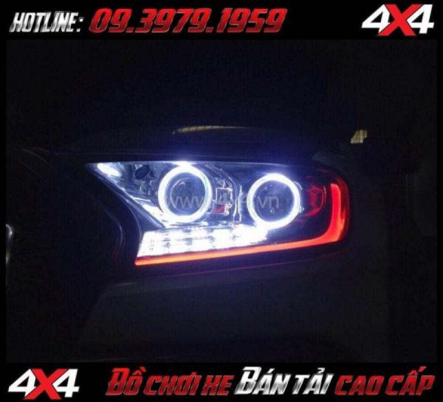 Tấm ảnh: Vòng Angel Eyes thay đẹp và nổi bật cho xe pick up Ford Ranger 2018 tại HCM