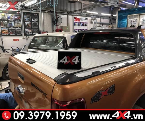 Đồ chơi xe Ford Ranger: Nắp thùng cuộn KSC độ đẹp và đẳng cấp cho xe bán tải