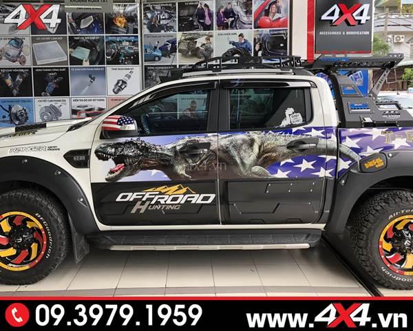 Ốp cánh cửa bản lớn độ tăng sự mạnh mẽ và thể thao cho xe bán tải Ford Ranger