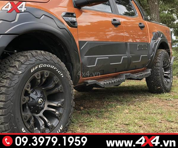 Bệ bước chân Ford Ranger: Chiếc bán tải Ford Ranger độ bệ bước Open đẹp và cứng cáp