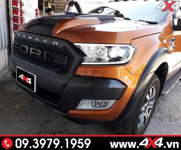Chiếc xe Ford Ranger đẹp và cứng cáp hơn với mẫu ốp cua lốp trơn màu đen mờ