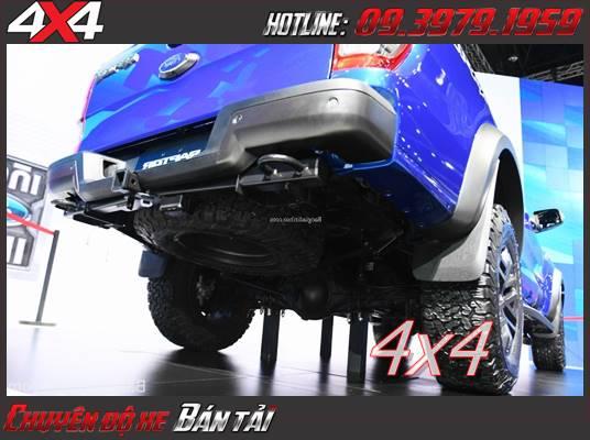 Đuôi xe Ford Ranger Raptor thiết kế thể thao vè mạnh mẽ