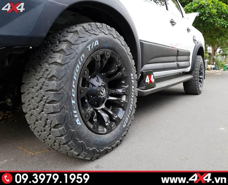Xe bán tải Chevorolet Colorado độ mâm Fuel Vapor và lốp BF goodrich giúp xe thêm cứng cáp và hầm hố hơn