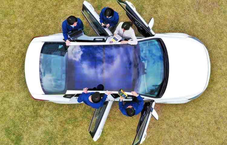 Hyundai Kia panouri solare