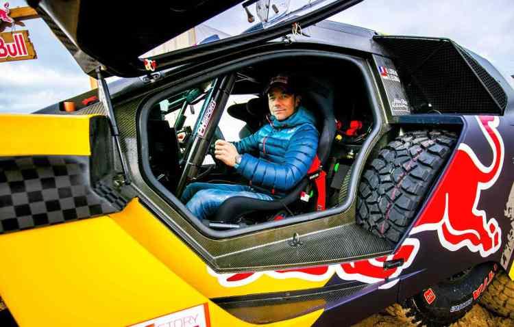 Sebastien Loeb Dakar 2019 Peugeot3008 DKR