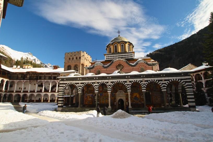 An der heutigen stelle stand der entstand. Bulgarien Sofia Und Rila Kloster Fur Einen Tag 5 Reisende
