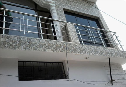 Bar Designer Stainless Steel Balcony Railing Rs 249 Square Feet ID 16085217833