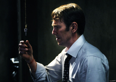 William Easton; the protagonist of Saw VI. Nice wrists, btw. O_O CLICK TO SEE IT HUUUGE!