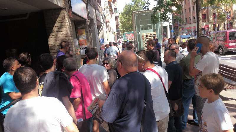 2015-09-07_desnonament_carrerArnauOms