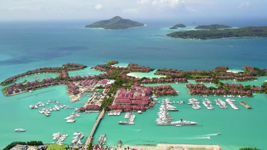 lundi soleil , bleu, seychelles, edenisland, marina, Victoria ,ocean indien, Mahe